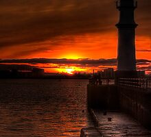 Sunset at the Lighthouse by Don Alexander Lumsden (Echo7)
