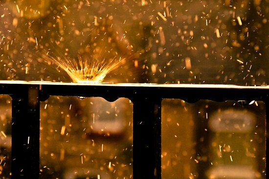 The Raindrop Explodes by chemival