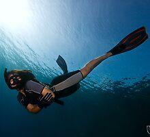 Female Freediver by RicoBesserdich
