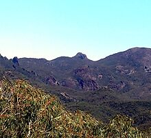 Warrumbungles by John Vriesekolk