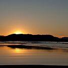 Byron Bay sunset by EblePhilippe