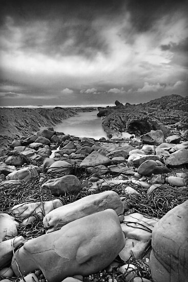 Bude Breakwater by SteveBB
