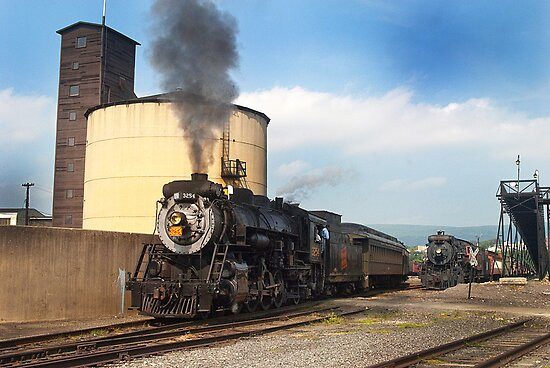 Engine #3251 heading out by ©  Paul W. Faust