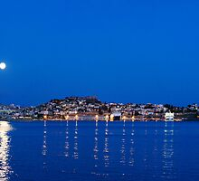 Moon rise by FOTIS MAVROUDAKIS