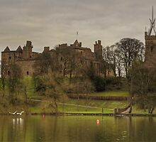 Linlithgow Loch View by Tom Gomez