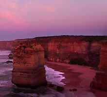 12 Apostles - Dawn Approaches by Paul Oliver