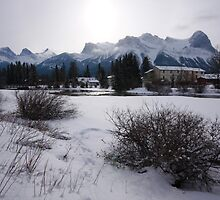 Snow in Canmore II by zumi