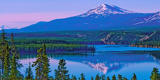 Schwatka Lake & Golden Horn at Sunrise by Yukondick