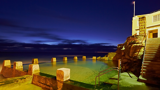 Ross Jones Memorial Pool  - Coogee NSW by Mark  Lucey