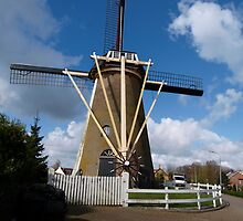 Windmill of Oude Tonge by foppe47