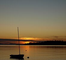 A Birch Bay sunset, Washington State by Liz Bell