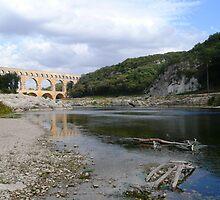 Pont Du Gard - Roman Aqueduct by gunda96