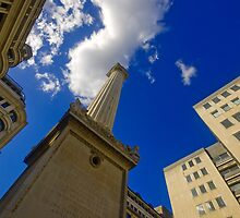 The Monument, London by strangelight