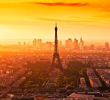 Paris Skyline by tomuhlenberg