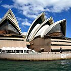 Sydney Opera House by Lisa Williams