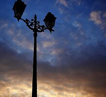 Streetlights at dusk by remos