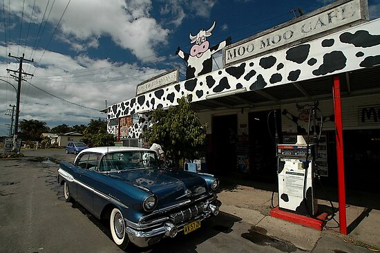 Classic Car, Moo Moo Cafe, Mooball, Australia by muz2142