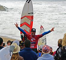 Joel Parkinson wins 2011 Rip Curl Pro at Bells Beach 2 by Andy Berry