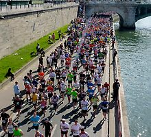 Paris Marathon  by bubblehex08