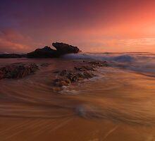 Storm light . Nambucca Heads by Donovan wilson