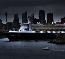 The Queen Mary in Sydney by Gillian  Ford