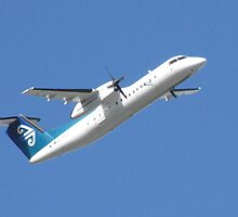 De Havilland Canada DHC-8-311Q Dash 8 by Jason Read-Jones