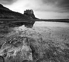 The Castle And The Rock by DaveBrightwell