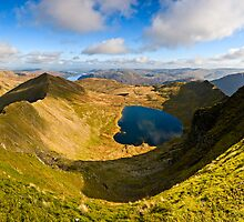 Red Tarn, Helvellyn. Cumbria. UK by David Lewins
