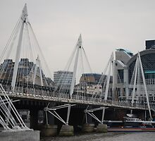Millenium Bridge at day - London by HelenVidler