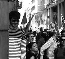smiling parade by fabio piretti