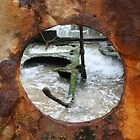 Rusty porthole by bluehorizons