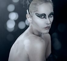 :::Black Swan::: by netmonk