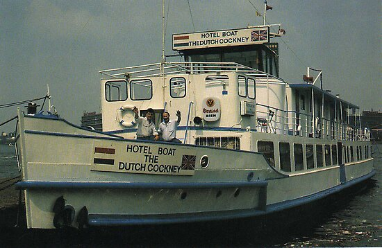 THE DUTCH COCKNEY YOUTH HOSTEL 1988PIER 9 belongs to the following groups
