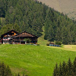 Hillside House Brendan Schoon